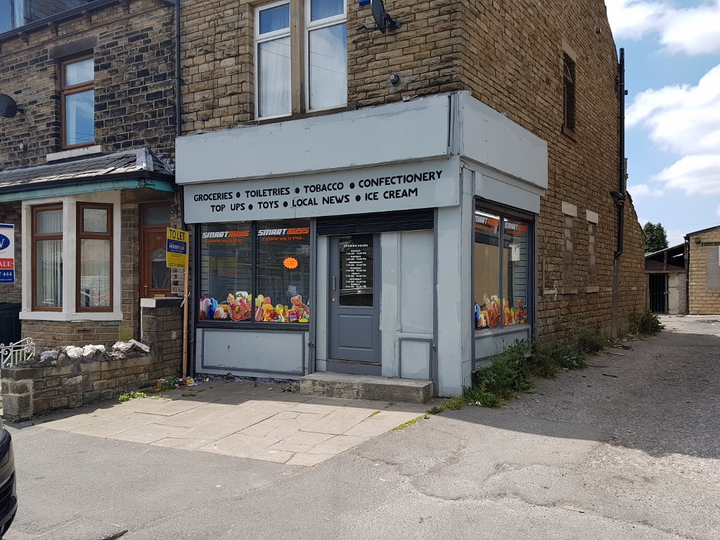 SHOP FOR RENT – THORNBURY AVENUE, BRADFORD BD3 8HZ