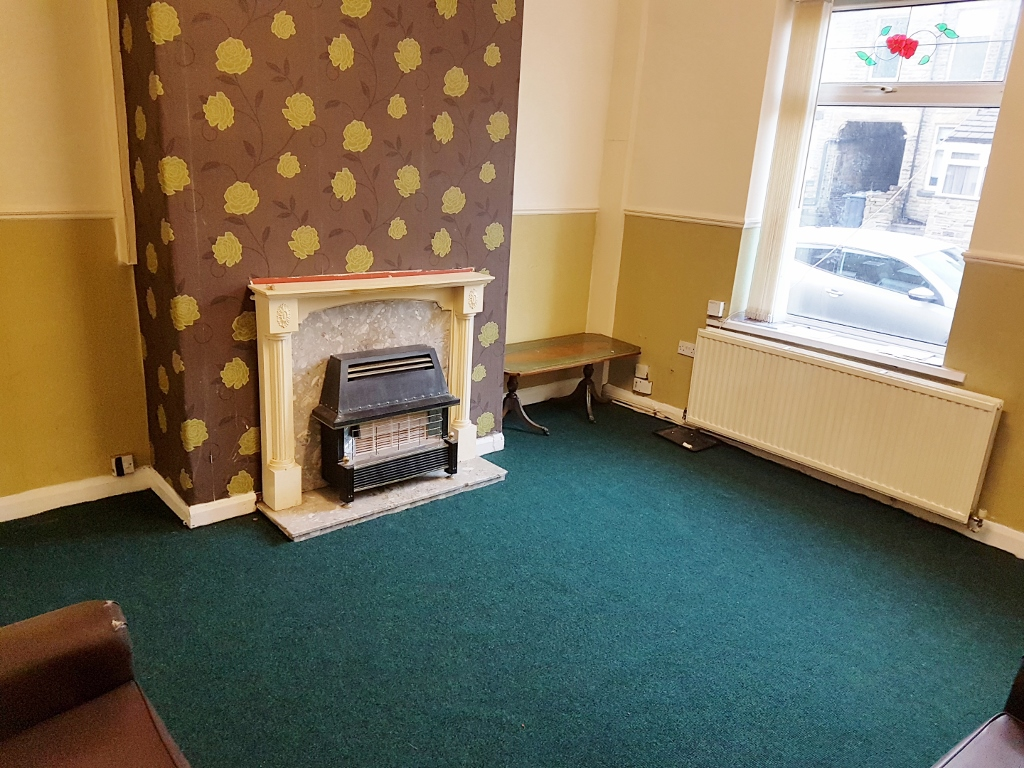 2 BEDROOMS – BACK TO BACK, STEPHENSON STREET – BD7 3LZ