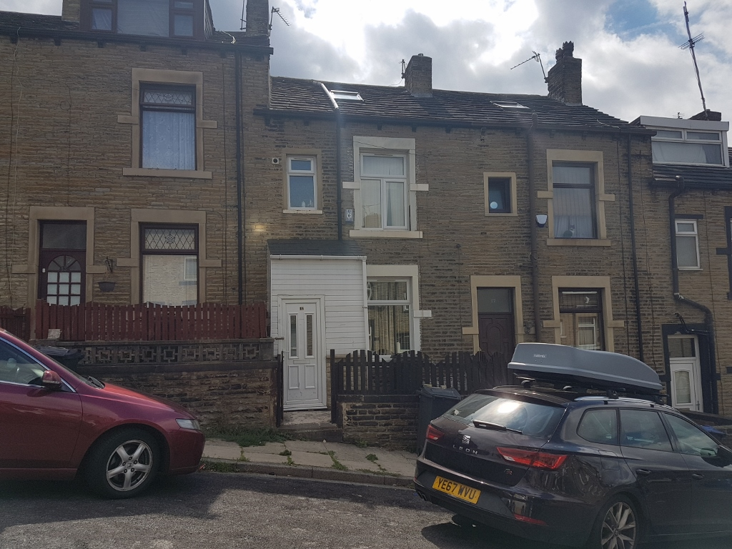 3 BEDROOMS – TERRACE HOUSE, WEST MINSTER PLACE – BD3 0HH